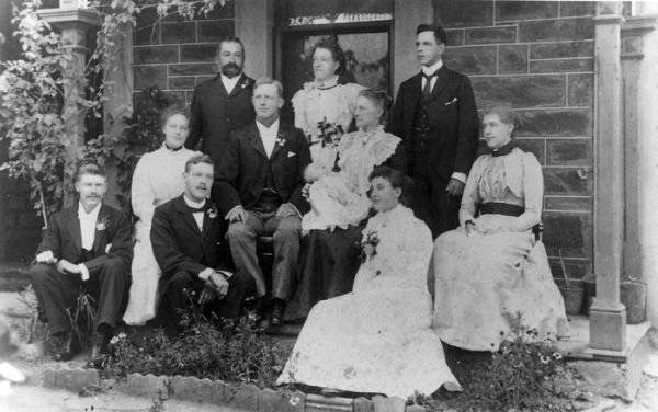 1901 Jessie Hay Cameron Buttfield family