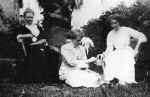 1915 Marion, Edith, Olive Lakeman