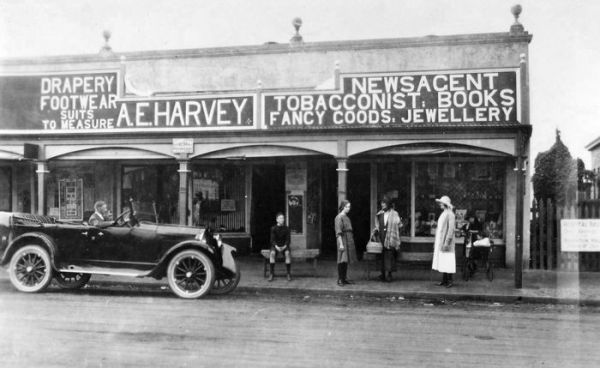 1933 Brookton WA - Arthur Harvey store