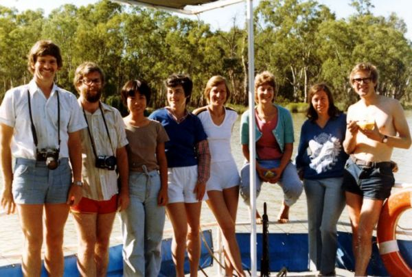 1981 02 River Murray House Boat